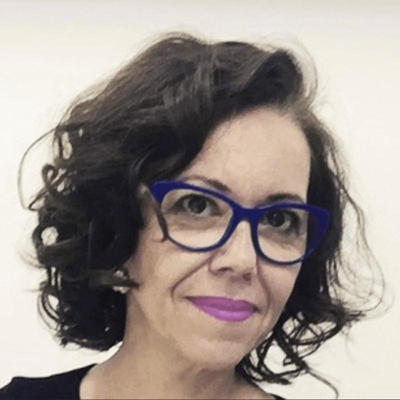 Dr. Adriana Nae
